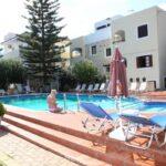 Nikos Apartments - Pool Area