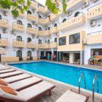 Pela Maria Hotel - Pool
