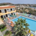 Pennystella Apartments overlooking the cosmopolitan bay of Agia Pelagia